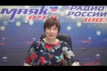 Embedded thumbnail for ПОЗДРАВЛЕНИЕ от С.И.Федотовой c Днем медицинского работника с песней